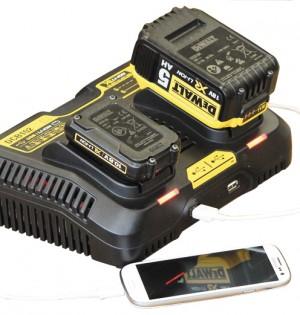 Dewalt Ladegerät für Akkus und USB-Geräte