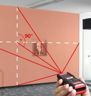 Der Laserentfernungsmesser ermöglicht eine Messung vom Boden aus.