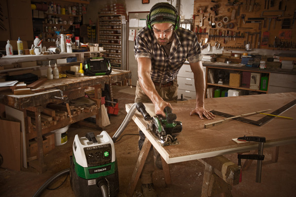 BG Bau Förderung für akkubetriebene Sägen