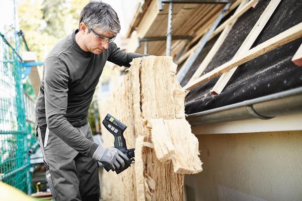Ergonomisch für den Einhandbetrieb (Zuschnitt auf dem Dach und mit Handschuhen)
