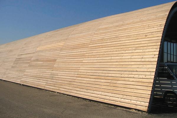Die HECO-SC-S befestigt Holz auf Stahl oder Aluminium und ist auch im Außenbereich verwendbar