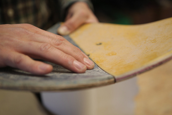 Nose und Tail eines Decks werden zu einer herzförmigen Sitzschale.