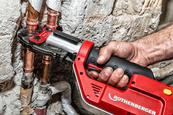 CAS versammelt die unterschiedlichsten Unternehmen mit ganz unterschiedlichen Zielgruppen unter einem Dach. In den Pressmaschinen von Rothenberger etwa finden Installateure, Heizungsbauer, Kälte-Klimatechniker oder Servicemonteure das richtige Gerät für ihre Arbeit.