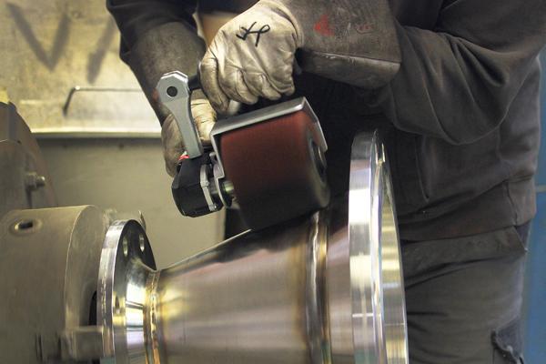 Ein durchdachtes System – das liefert die Firma Eisenblätter für die Metallbranche mit ihren Produkten und dem dazu genau abgestimmten Zubehör. Mit CAS hat Eisenblätter den System-Gedanken weitergeführt und möchte nun auch im Akku-Segment weiter wachsen.