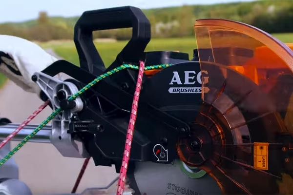 Screenshot_2018-07-17-Funny-Commercial-Ural-and-AEG-Mitre-Saw-Story---YouTube