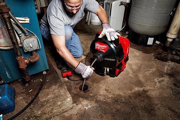 Saubere Lösung für die Reinigung von Abflussrohren bis 75 mm Durchmesser