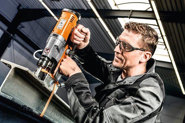 1.010 W und Tachoelektronikfür effizientes Arbeiten.