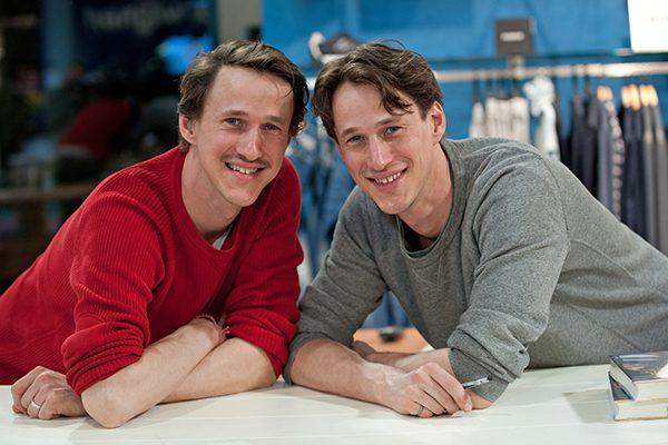 Die Hoepner-Brüder sind bekannt für ihre Abenteuer. 2012 sind die beiden mit dem Fahrrad 13.600 Kilometer von Berlin nach Shanghai gefahren.