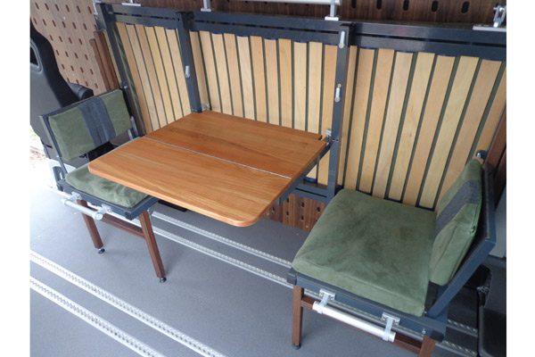 CargoClips Tisch & Stühle