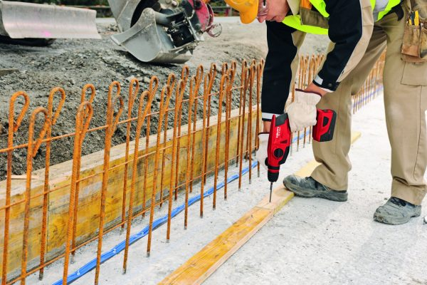 Hilti Akku-Bohrhammer TE 2-A22 Baustelle