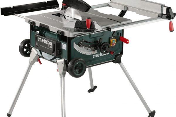 Robustes Untergestell sorgt für sicheres Arbeiten mit der Tischkreissäge