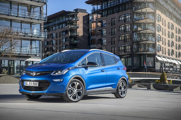 Opel Ampera-e, ab 36.126 €/netto