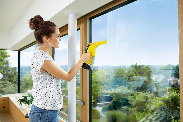 WV_6_window_edge_cleaning_yellow_app_05_CI15