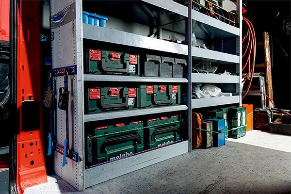 Ob in der Werkstatt oder unterwegs: Das metaBOX System sorgt überall für Ordnung und bietet Schutz für Maschine und Zubehör.