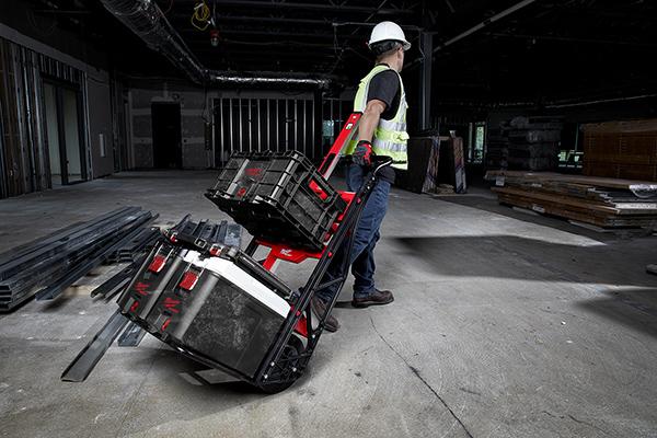 Die Multifunktions-Transportkarre bietet vielfältige Kombinationsmöglichkeiten beim Transport von Zubehör.