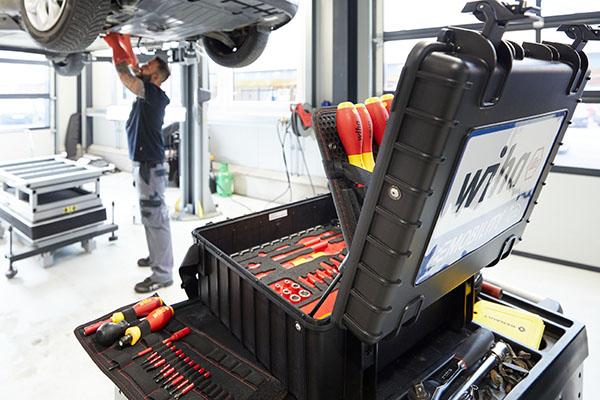 Werkzeugkoffer Set E-Mobility
