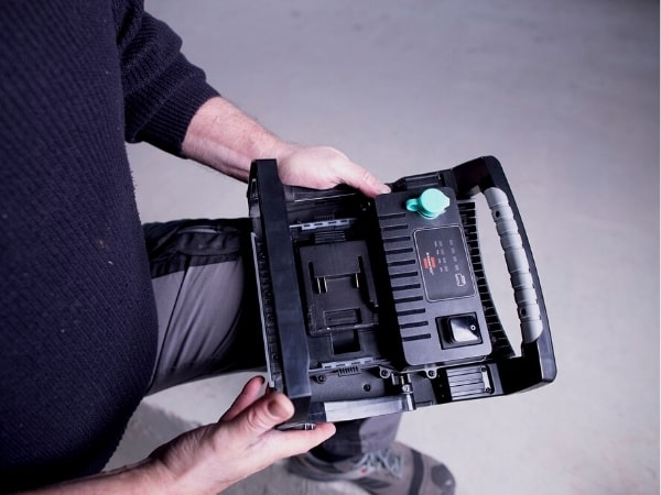 Working Spotlight Brennenstuhl Multi Battery 18V System
